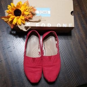 TOMS Womens Size 6